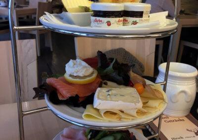 Hirsch Cafe 01