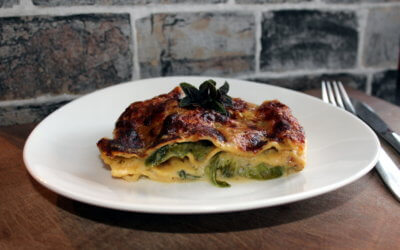 Lasagne mit Romanasalat
